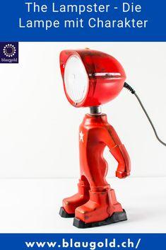 Farbe=Rot Beschreibung  Die LED-Leuchte LAMPSTER ist ein Mix aus Actionfigur und Vintage Scheinwerfer Komplett aus recycletem Material und von Hand gebaut! Ein-/Ausschalten durch Berührung bzw. Touch-Sensor am Kopf Anpassung von Helligkeit und Farbe mittels Smartphone 360° drehbarer Kopf und verstellbarer Winkel Massiv und für die Ewigkeit gebaut; rostfrei und resistent gegen Wasserspritzer. #licht #lichter #interieur #dekor Aluminium, Vacuums, Material, Smartphone, Home Appliances, Vintage, Autos, Auto Paint, Red Color