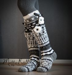 'Anelmaiset' is knee high wool socks with patterns, lace, flowers and other beautiful decorations created by Anelma Kervinen. Wool Socks, Cozy Blankets, Leg Warmers, Shades Of Blue, Soft Fabrics, Blue And White, Knitting, Pattern, Handmade