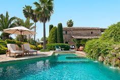 Haus for sale on Mallorca Island -Mallorca House ( Haus ) on offer. First Mallorca S.L. Costa d'en Blanes, Avda Tomas Blanes, 41 - 07181 Costa d'en Blanes, Mallorca, Tel.: (+34) 971 679 444