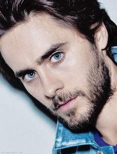 Jared Leto-those eyes!!