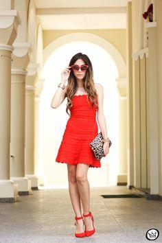 http://fashioncoolture.com.br/2014/01/09/look-du-jour-all-of-me-2/
