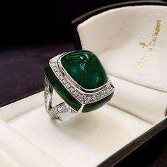 Colombian Sugarloaf Emerald