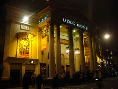 Lyceum Theatre offers discounted tickets to both disabled patrons and their careers.