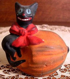 Early Rare Vintage Hallowe'en Cat & Pumpkin Composition Candy Container, Germany Ca. 1910, Original Paint, Hard-to-Find Old Decoration!!