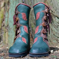 Jade Forest Moccasin Boots with Leaves - Elven Pixie Boots - Women's Leather Boots - Elf - Boho - Custom Fitted - Custom Designed - Corinna - Damenschuhe Moccasin Boots, Moccasins, Shoe Boots, Toe Shape, Leather Booties, Leather Sandals, Knee High Boots, Calves, Combat Boots