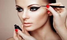 UK deal for just instead for a three-hour MAC makeup masterclass with a glass of Prosecco at International Make-Up Academy - choose from 12 locations and save BUY NOW for just Mac Makeup Classes, Grafik Eyeliner, Makeup Tricks, Makeup Tools, Makeup Tutorials, Makeup Artists, Makeup Products, Beauty Products, Mac Make Up