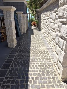 Nice walkway made with Cobble Systems matted pavers with a beautiful border