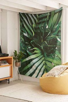Wall Tapestry + Hangings - Urban Outfitters