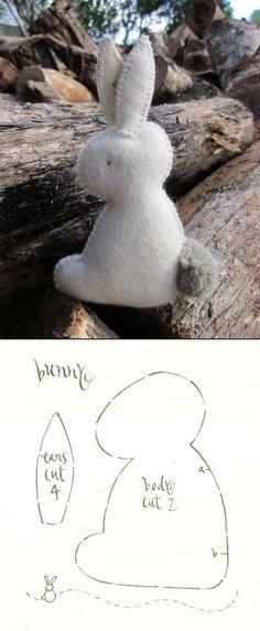 Felt Easter Bunny - created via http://pinthemall.net
