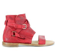 Color: Red and Camel