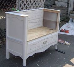 How to make a repurposed dresser bench out of an old dresser. Perfect for the kids-a bench with storage. Old Furniture, Repurposed Furniture, Furniture Projects, Furniture Makeover, Home Projects, Painted Furniture, Dresser Repurposed, Modern Furniture, Rustic Furniture