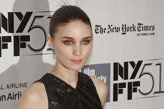 True Story: Rooney Mara's Red Eyeshadow Is the Coolest Thing You'll See All Day