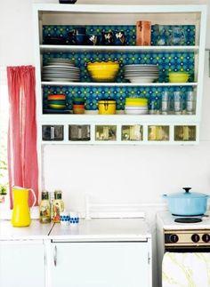 pretty decor wallpaper for kitchens | Found on kitchenisms.com