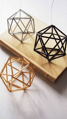 24 Ways To Add Some Geometry To Your Home Decor - geometric art - These ornaments: Geometric Decor, Handmade Ornaments, Handmade Home Decor, Diy Room Decor, Wall Decor, Christmas Diy, Etsy, Holiday Decorating, Decorating Ideas