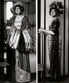Emilie Flöge in an art nouveau dress with muffs in the fashion Salon of Sisters Flöge. She is leaning on a chair constructed by Kolo Moser. Right: Emilie Flöge in an Art Nouveau Style Dress c. Gustav Klimt, Art Nouveau, Belle Epoque, Claude Monet, Edwardian Fashion, Vintage Fashion, Franz Josef I, Historical Costume, Historical Dress