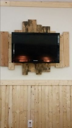 Just finished pallet tv wall mount