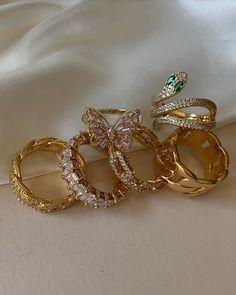Nail Jewelry, Jewelry Rings, Jewelry Accessories, Fashion Accessories, Fashion Jewelry, Cute Rings, Pretty Rings, Stylish Jewelry, Cute Jewelry