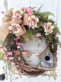 Ma Love this wreath with birdhouse.