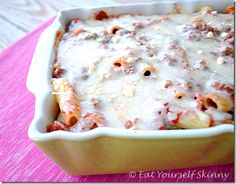 Skinny Baked Rigatoni – great website with healthy recipes Skinny Baked Rigatoni – tolle Website mit gesunden Rezepten Skinny Recipes, Ww Recipes, Healthy Recipes, Baked Rigatoni, Eat Yourself Skinny, Eat Fat, I Love Food, Delish, Food And Drink