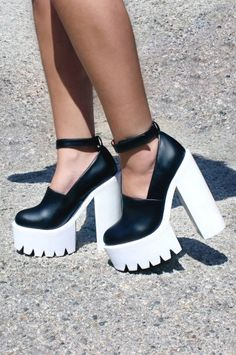 Jeffrey Campbell Scully Platform