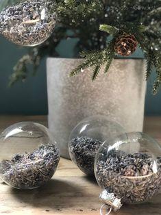 Re-Using Wedding Flowers Wedding Decorations, Wedding Ideas, Diy Christmas Ornaments, Holiday Fun, Snow Globes, Wedding Flowers, Holidays, Crafty, Holiday