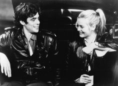 Alicia Silverstone and Benicio Del Toro in Excess Baggage (1997)