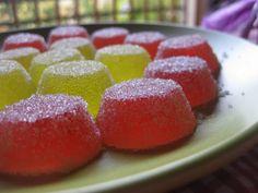 Gominolas caseras, fáciles de hacer ideales para que los niños ayuden a hacerlas. Mexico Food, Candy Party, Dessert Recipes, Desserts, Mini Cakes, Cake Cookies, Oreo, Tapas, Sweet Tooth