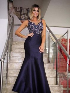 Prom Dress For Teens, Mermaid Round Neck Navy Blue Satin Prom Dress with Beading Appliques, cheap prom dresses, beautiful dresses for prom. Best prom gowns online to make you the spotlight for special occasions. Princess Prom Dresses, High Low Prom Dresses, Pretty Prom Dresses, Unique Prom Dresses, Popular Dresses, Simple Dresses, Navy Evening Dresses, Mermaid Evening Dresses, Perfect Prom Dress