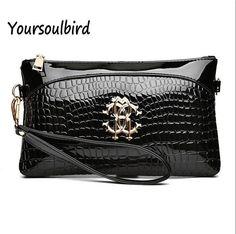 [Visit to Buy] 2017 spring new women's handbags crocodile Hand Bag Handbag Shoulder Messenger Bag Korean fashionista clutch ladies wallets #Advertisement