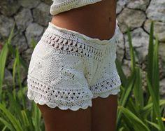 Artículos similares a Playa morado corto / Short de Crochet Bikini inferior mujeres traje de baño traje de baño trajes de baño accesorios para mujer de moda de verano / / STAYHIGHSWIMWEAR en Etsy