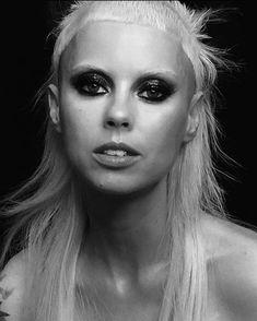 Yolandi Archives - Die Antwoord Women In Music, Yolandi Visser, Die Antwoord, Prawn, Hiphop, Music Videos, Death, Art Reference, Star