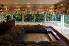 Reading Room with plenty of material via reddit - Creative Houses