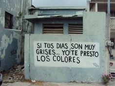Si tus días son muy grises.. yo te presto los colores #Acción Poética Matamoros #calle