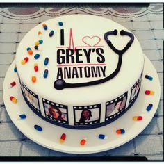 20 Birthday Cake, 20th Birthday, Surprise Cake, Meredith Grey, Girl Cakes, Cute Cakes, Creative Cakes, Themed Cakes, Cake Art