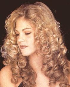 Google Image Result for http://www.espencer-salon.com/hair-style/curly-hair.gif