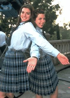 Princess Diaries When to Watch: You need to enjoy a happy freindship film Anne Hathaway, Movies And Series, Movies And Tv Shows, Iconic Movies, Good Movies, 90s Movies, Mean Girls, Diary Movie, Chick Flicks
