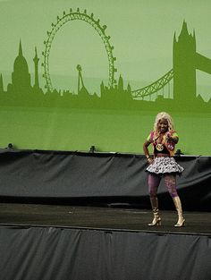 Nicki Minaj at the Wireless Festival on July 8th 2012!   Check out my other photos from Wireless Festival: http://www.flickr.com/photos/joemuggins/7541587684/in/set-72157630509772806