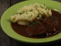 Friptura+de+vita+in+vin+rosu Romanian Recipes, Romanian Food, Love Food, Beef, Meat, Steak