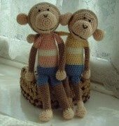 Pattern of crocheted monkey