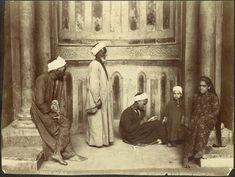 Hippolyte Arnoux. «Femmes, Fellahs puisant de l'eau près des pyramides — Caire»