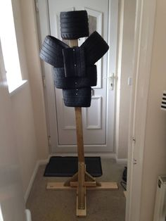 Martial arts gear and equipment Tire stick target for Bartitsu training - Billy Wilsher https://www.facebook.com/groups/ukbartitsu/permalink/1221228181223105/longswordsinlondon:   Tire stick target for...