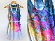 Tye-Dye SplashInstead of doing tyedye patterns, try splashing the colors with thick brushes instead. Get a long tank top or dress and splash the colors on it starting with the darker colors. Start at the top and work your way down. For a more gradient look, splash less and less as you go down.  -diyhoard