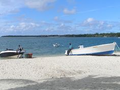<meta content=' Vacation Rentals Mauritius. Excellent value-for-money. Only 2 - 5 minutes walk to tropical beach  ' name='description'/>