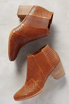 Aerin Ophelia Chelsea Boots #AnthroFave
