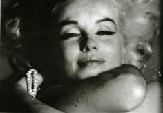 Marilyn Monroe by Bert Stern, 3 day photoshoot for Vogue at Bel Air Hotel on June 1962 - The Last Sitting