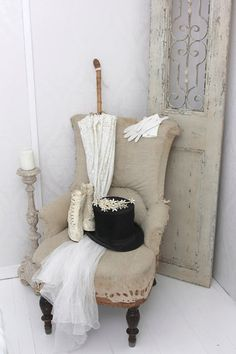 Could use green velvet chair, ganz candlesticks, white lace  screen and wedding stuff.