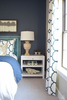 Hi friends and thanks for stopping by to see the updates to our cozy, chic guest room retreat! This room is so fun for me to play around with because it. Cozy Bedroom, Dream Bedroom, Modern Bedroom, Diy Bedroom Decor, Bedroom Furniture, Home Decor, Bedroom Ideas, Bedroom Inspiration, Basement Guest Rooms