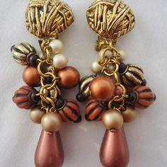 Tres belle paire de boucles d'oreilles clips