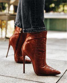 High Heel Boots, Heeled Boots, Bootie Boots, Bootie Heels, Hot Shoes, Shoes Heels, Pumps, Stilettos, Mode Editorials