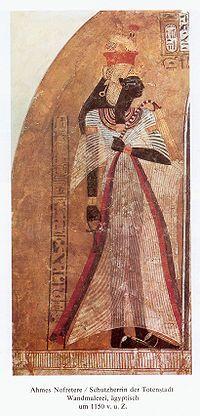 010 - Amósis-Nefertari - Rainha do Antigo Egito, esposa do faraó Amósis.